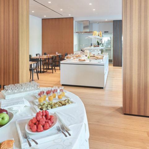 hotel 4 stelle S con colazione lago di garda